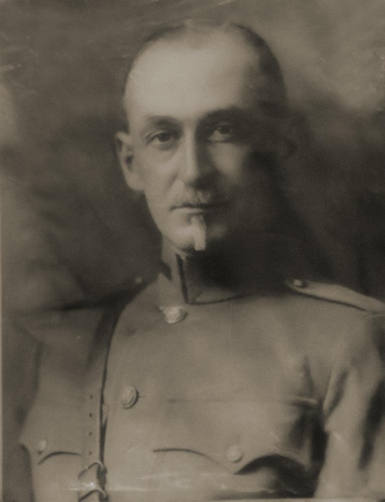 Доктор Рудольф Тойслер ( Dr.Rudolf Teusler).