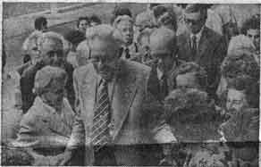 Встреча Брэмхолла с бывшими колонистами